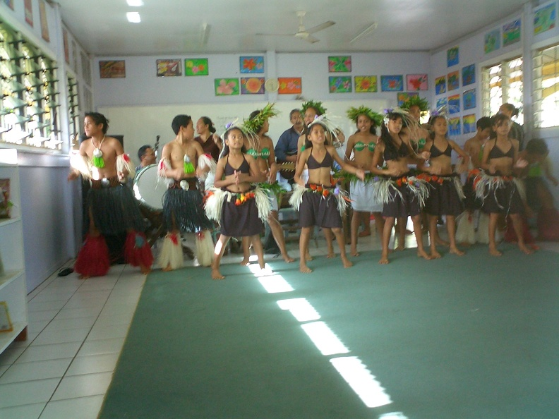 Avarua_School_Cultural_Group_.JPG