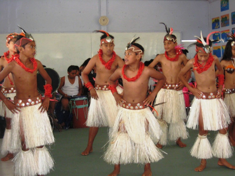 Avarua_School_Cultural_Group_5.jpg