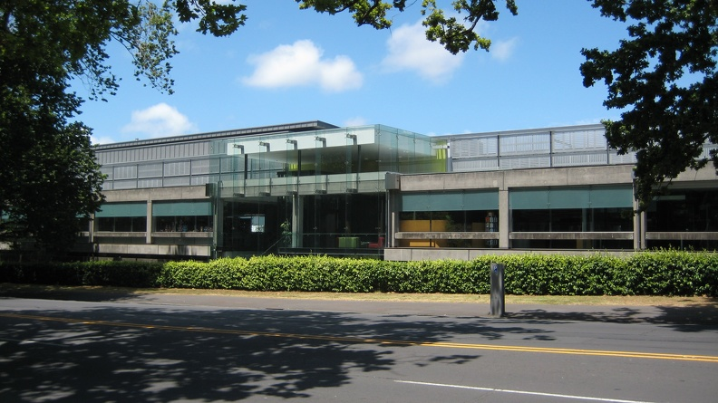 Engineering_Library__University_of_Auckland.jpg